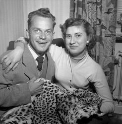 Lasse Pettersson hem från Afrika.  Mars 1956.