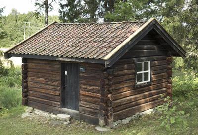 Smia_fra_Langsrud_-_Aurskog-Hland_bygdetun_-_MiA_Museene_i_Akershus.jpg