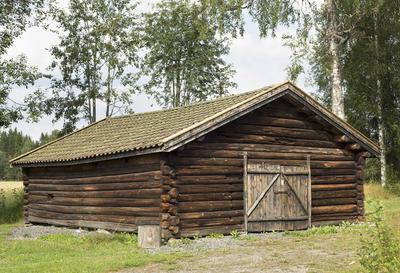 Sommerfjset_fra_Langsrud_-_Aurskog-Hland_bygdetun_-_MiA_Museene_i_Akershus.jpg