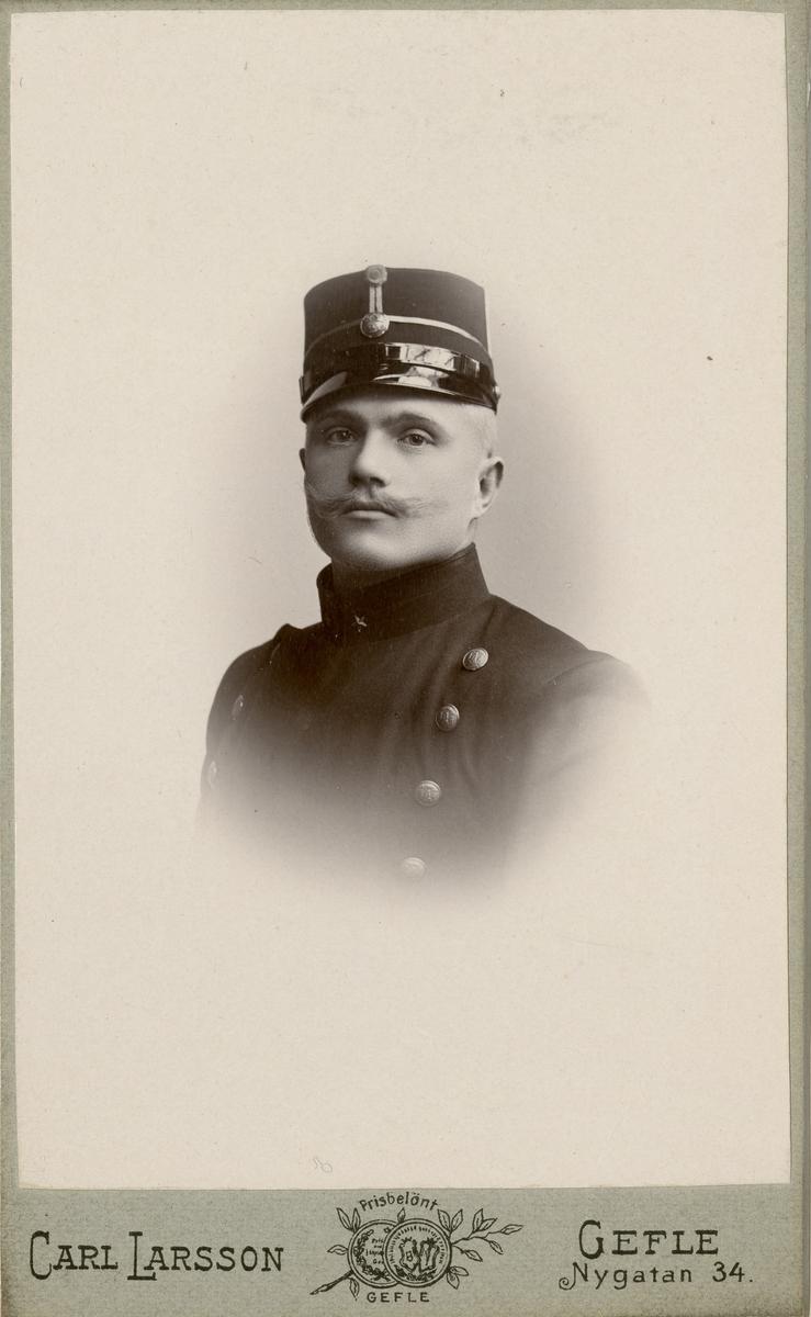 Porträtt av Nils Gustaf Åström, löjtnant vid Västmanlands regemente I 18.