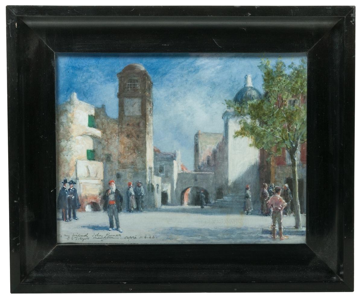 Stadsbild från Capri med personer i olika grupper på ett torg. Ett klocktorn dominerar bildytan till vänster.