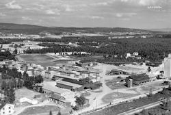 Flyfotografi tatt over produksjonsområdet til Våler Skurlag