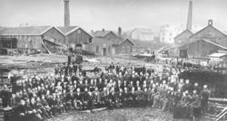 W. Gutzeit & Co Etablert 1859 Høvleriet bygget 1865 - Ove