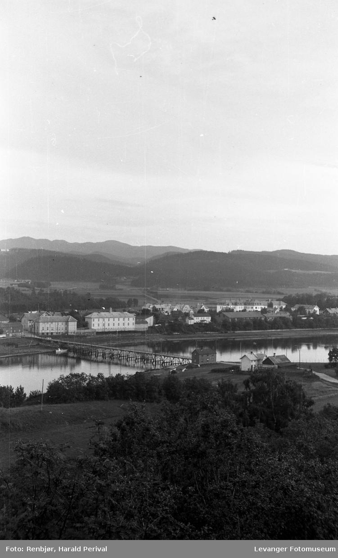 Utsikt over Levangersundet, mot Sundbrua.