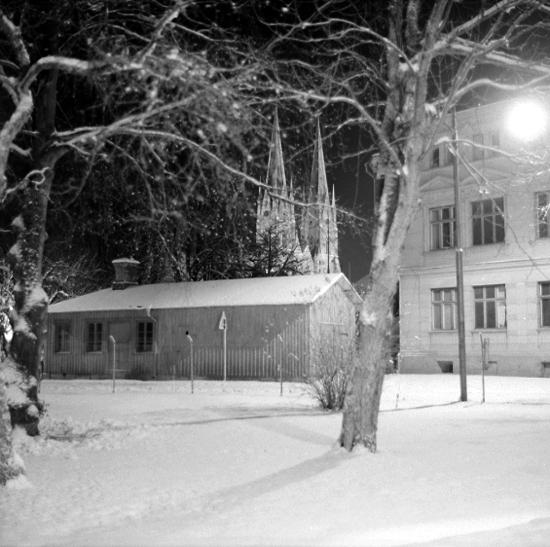 Vinterkväll, Smedjegatan.