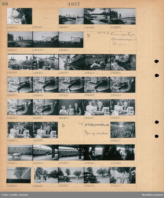 """Motiv: Stockholms omg. Vid Tjällmora; En cykel på ett fartygsdäck, människor på en bro, vy över en hamn med båtar, stadsvy med Katarinahissen.  Motiv: Familjen Ejve Orrspelsvägen 51 Ålsten; Människor står på kajen vid fartyg """"Norrtelje"""" och """"Waxholm III"""", porträtt av en kvinna på en veranda, porträtt av en kvinna två flickor och en pojke, porträtt av två kvinnor som sitter i en trädgårdssoffa.  Motiv: Stockholm, Gripsholm; Interiör av järnvägsstation med människor, en man med en handdragen kärra på en järnvägsperrong, interiör av ett tåg med passagerare, människor går av ett tåg, exteriör av ett slott."""
