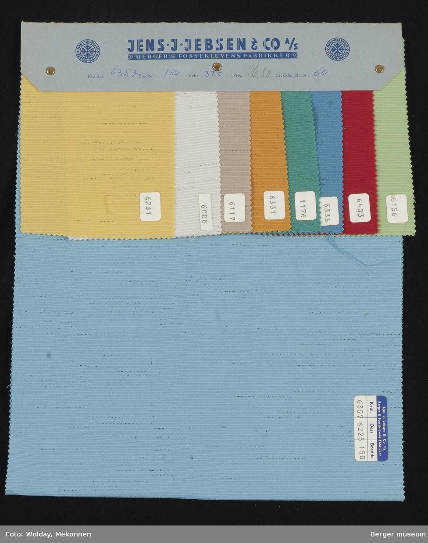 Prøvehefte med 9 prøver Kjole/skjørt Kvalitet 6357 Stykkfarget