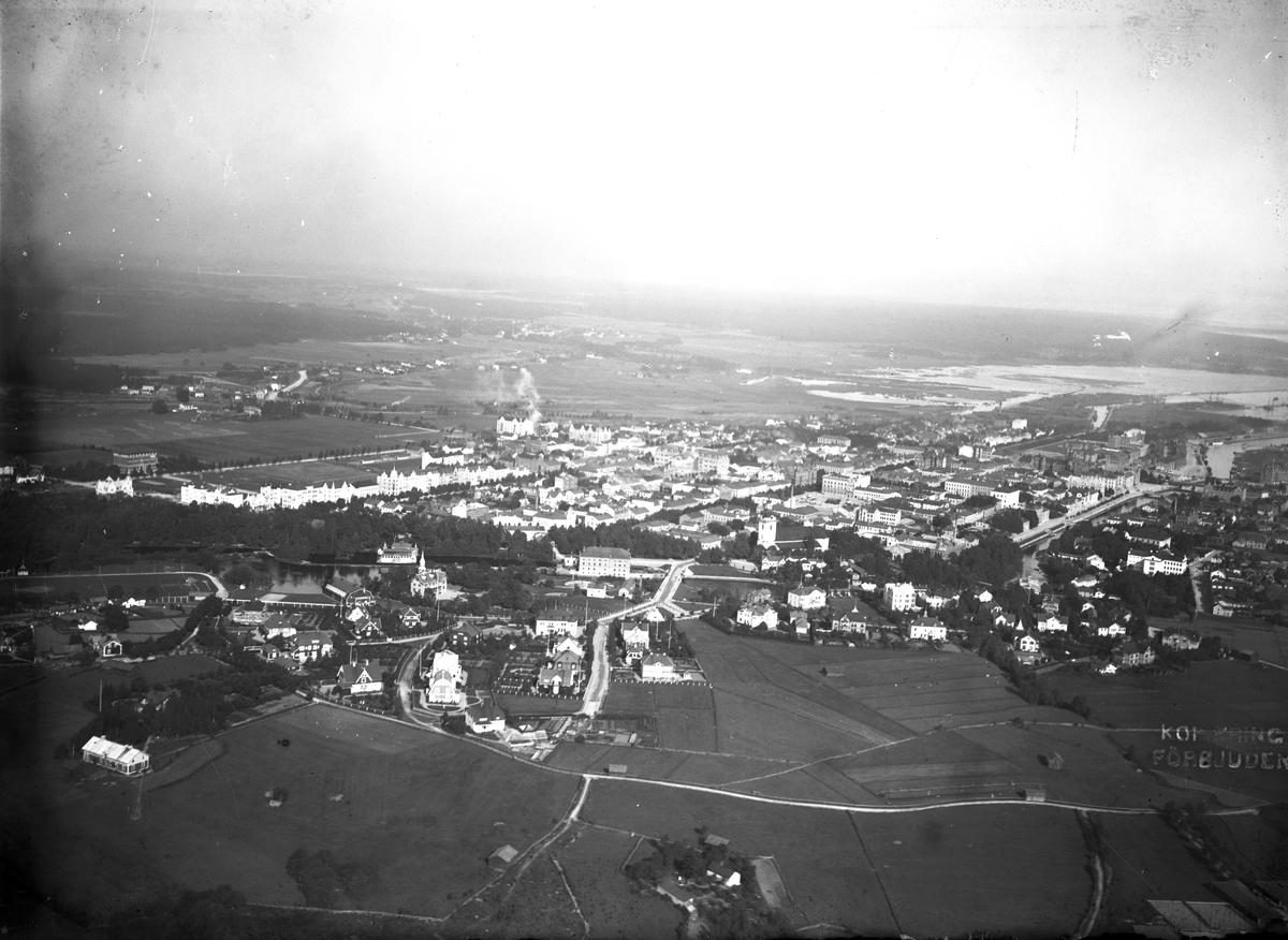 Flygfotografi över Gävle, 1911.