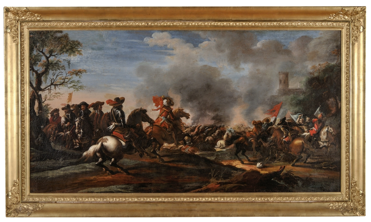 """Oljemålning, """"Ryttarstrid"""" av Johan Philip Lemke. Oljemålning på duk. Fr. v. framrycker en grupp ryttare mot stridsplatsen, vilken upptar tavlans h. halva. Torn i bakgrunden t.h., träd i h. och v. kanten. Förgylld ram. (Kat.kort)"""