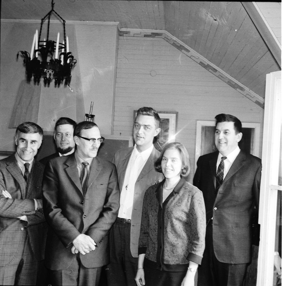 Stiftsgården, Yrkesvalslärare och prya i kyrkan, April 1969