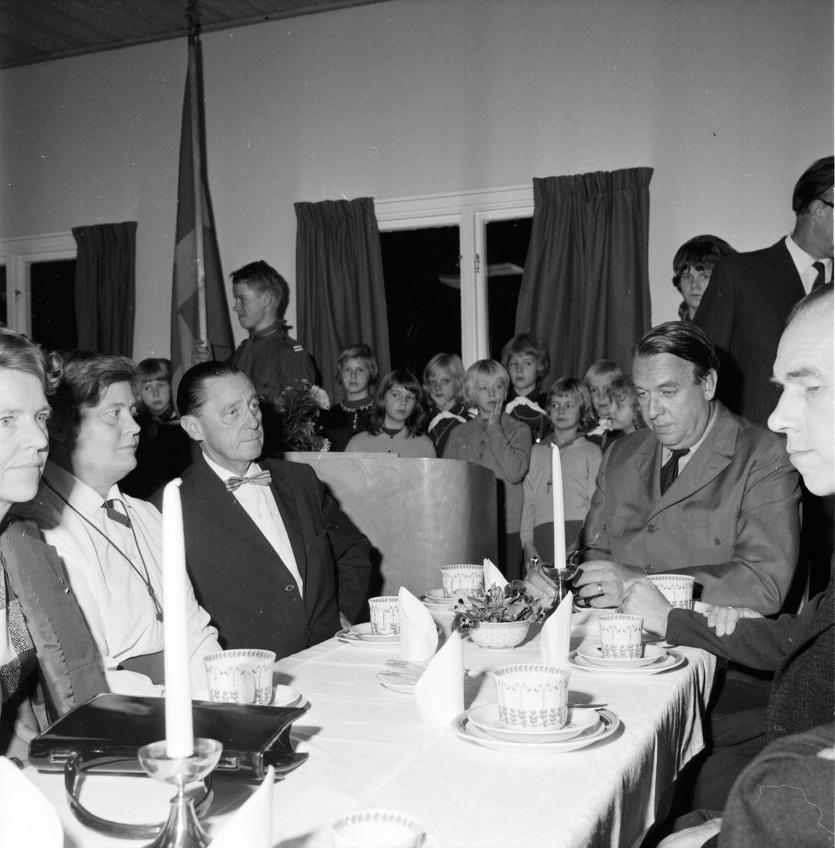Scoutgården i Bollnäs invigs. 16/10-1964