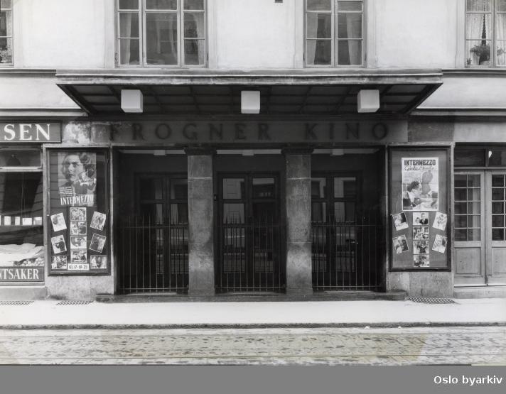 """Inngangsparti. FIlm som vises: """"Intermezzo"""" fra 1936."""