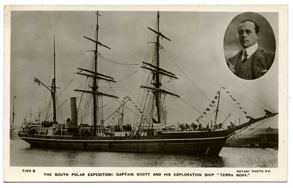 "Vykort med fartyget Terra Nova och infälld oval porträttbild med R F Scott. ""The South Polar Expedition: Captain Scott and his exploration ship 'Terra Nova."""