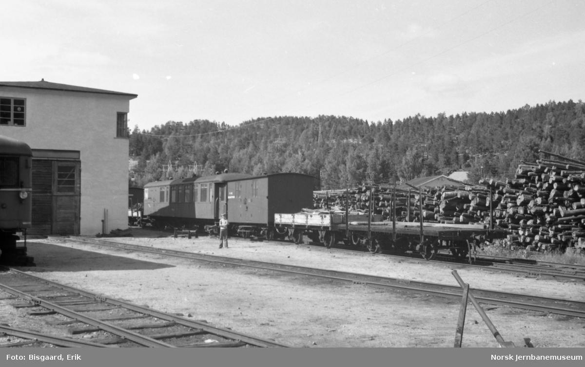 Lokstall- og verkstedområdet på Grovane
