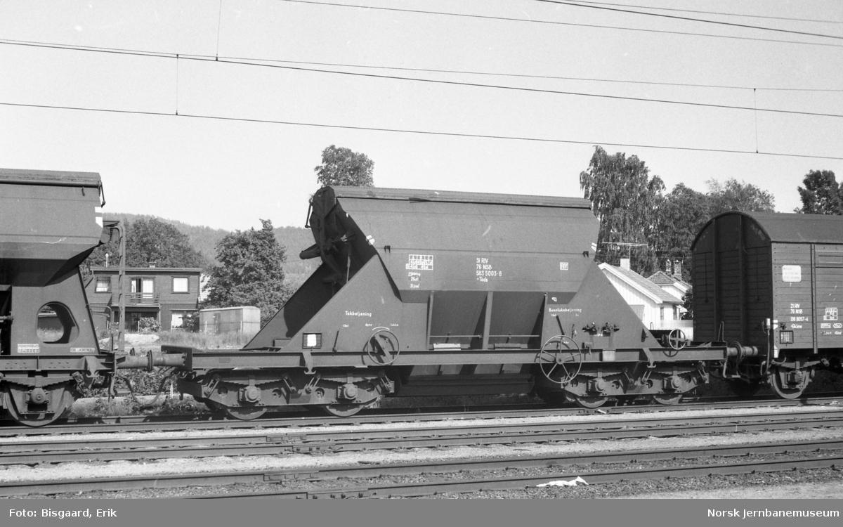 Bunntømmingsvogn litra Tads nr. 583 5003 på Porsgrunn stasjon