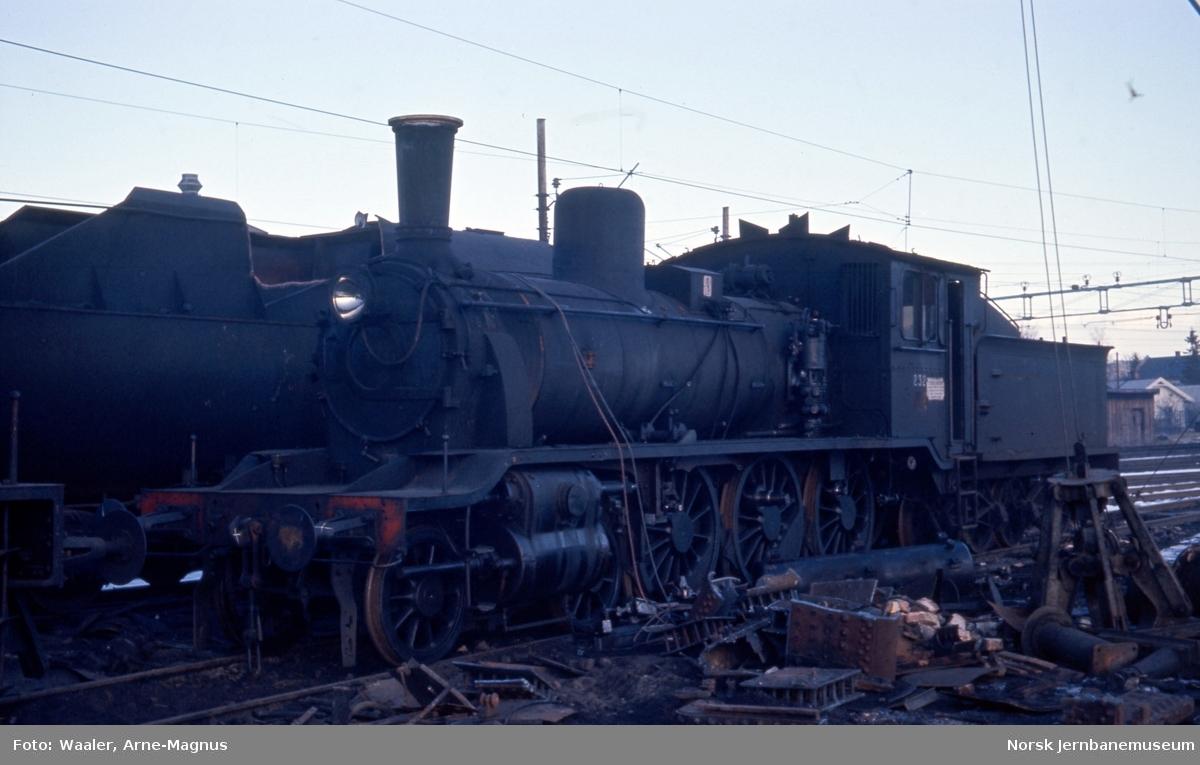 Opphugging av  damplokomotiver på Lillestrøm stasjon - type 18c nr 232