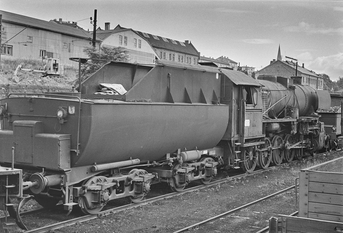Hensatt damplokomotiv type 63a nr. 5116 i Lodalen i Oslo.
