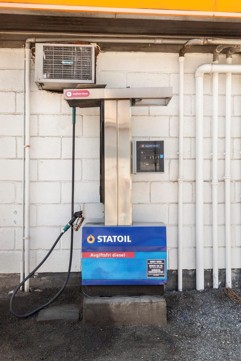 Statoil Hemnes. Bensinpumpe diesel avgiftsfri.