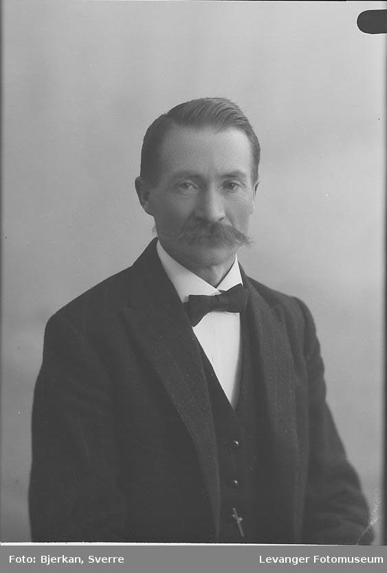 Portrett av Haglund fornavn ukjent