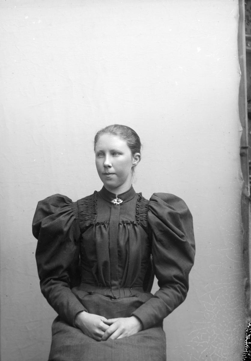 Portrett av Inga J Vestad