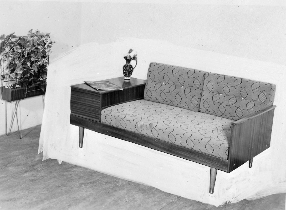 Topp Kombinasjonsmøbel. Sofa, seng og bord i ett. - Stiftinga Sunnmøre DO-12