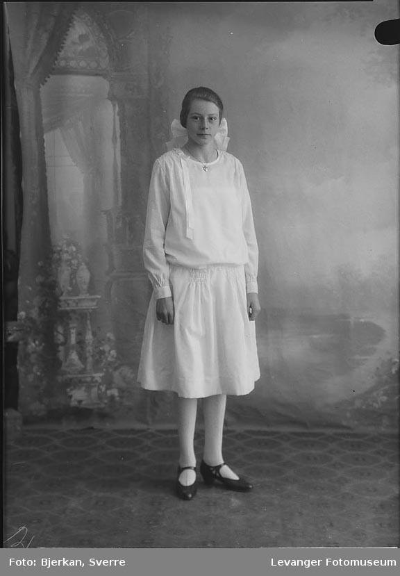 Portrett av Astrid Jørås