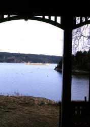 Utsikt över Byfjorden från familjen Charles Thorburns sommar