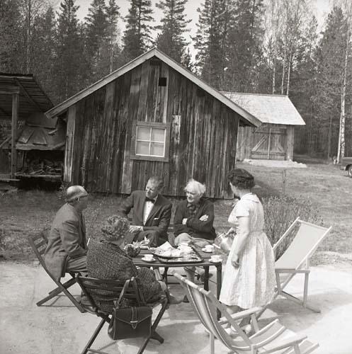 Sammanträde  med vägdirektör Jonsson gällande Lassekrog  4 juni 1962.