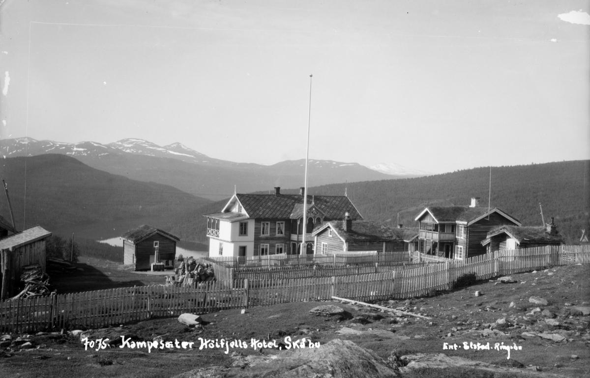 Nord-Fron, Skåbu med Kampesæter Høifjellshotell som nå er en fjellstue.