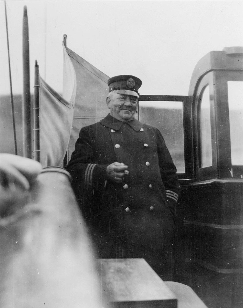 Sjökapten Richard Juhlin (från 1.11.1922), Öland I.