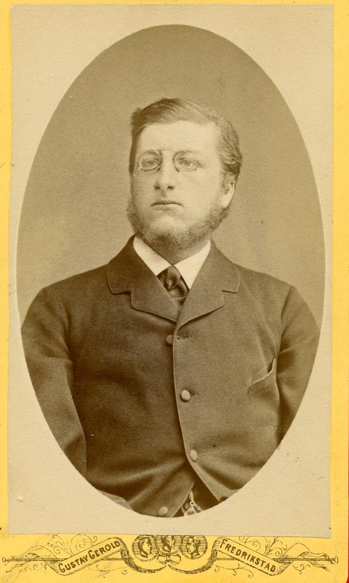 Pierre deRamm.