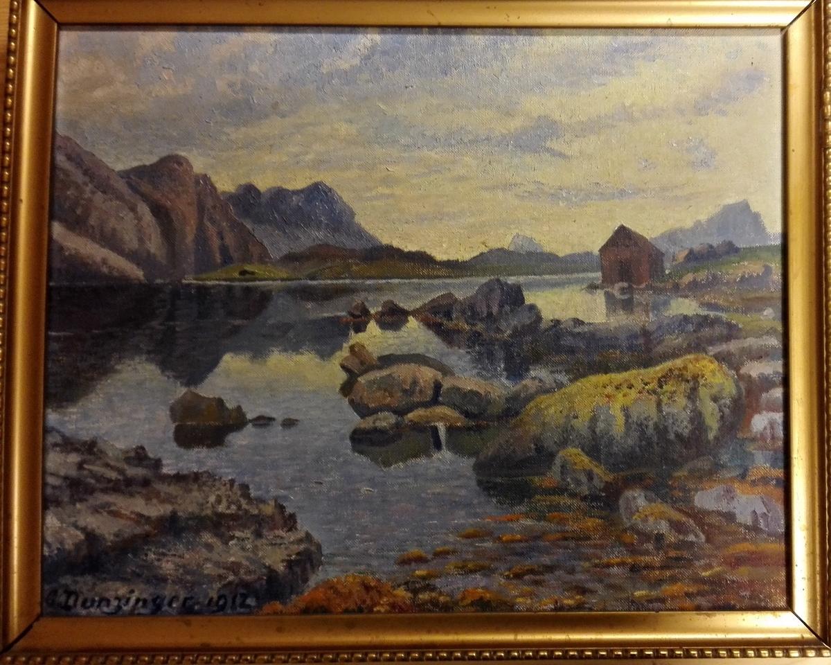 Fjord/fjellmotiv - stad ukjendt.