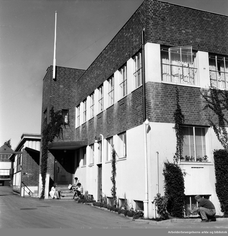 Møglestue A/S, armaturfabrikk og mekanisk verksted. September 1959
