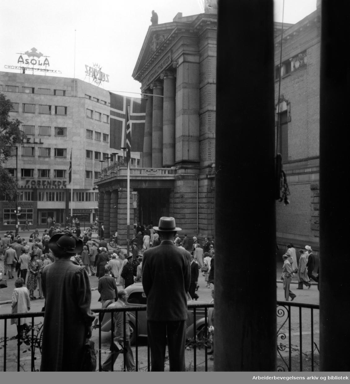 Nasjonaltheatret. 50 års jubileet. August 1949