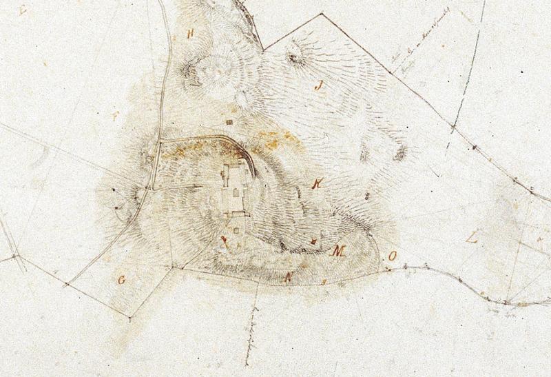 «Kart over Gaarden Ringves i Strinde Prosti geometrisk opmaalt i September 1853 af A. Holm» (Utsnitt) Her ser vi tydelig at det ligger en smal lån i tuneets sørvestre hjørne.». Foto: Ringve Musikkmuseum (Foto/Photo)