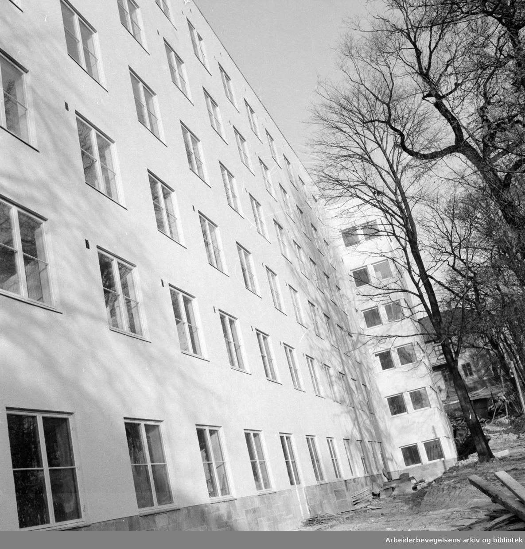Kronprinsesse Märthas institutt. Polioinstituttet ved Carl Berners Plass. November 1956