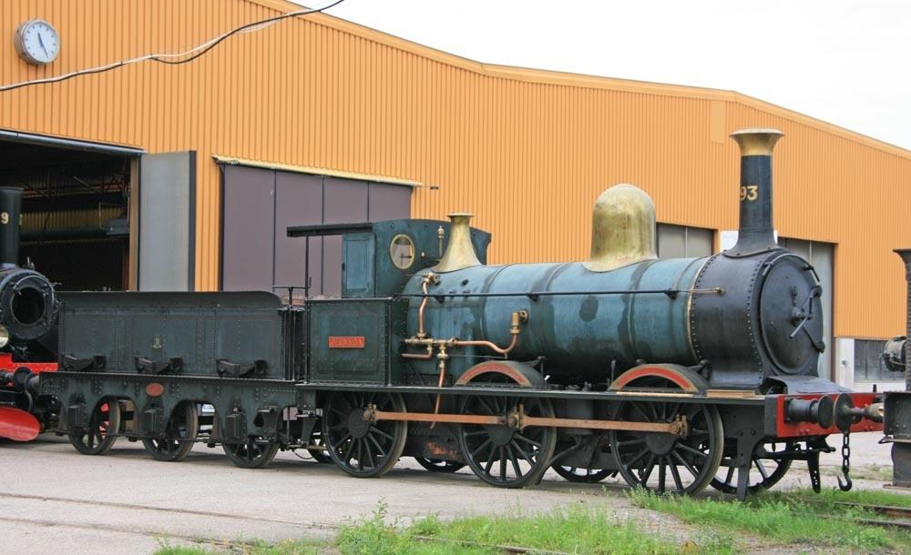 """Ånglok för godståg, senare växellok för malmtåg. Litt G Nr 93, """"Jernsida"""" (1876-1886) SJ nr 93 (1867-1876) SJ Ga (1886-1893) SJ Gc (1893-1909) SJ Gc, växellok (1909-1937) Tillverkare: Beyer & Peacock Tillverkarnummer: BP&Co 809. Största tillåtna hastighet: 60 km/h"""