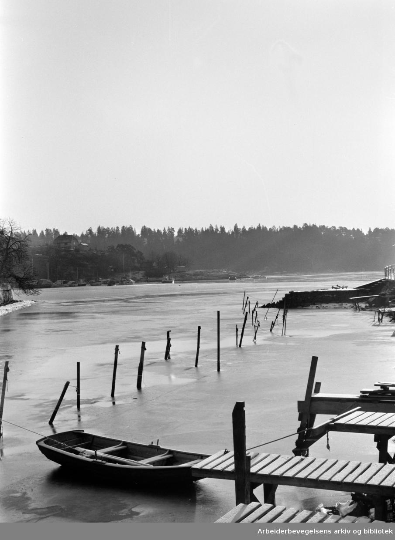 Bekkelaget. Bekkelagskaia, Ormøya. Januar 1964