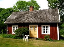Enkelstuga i Bäckebo.
