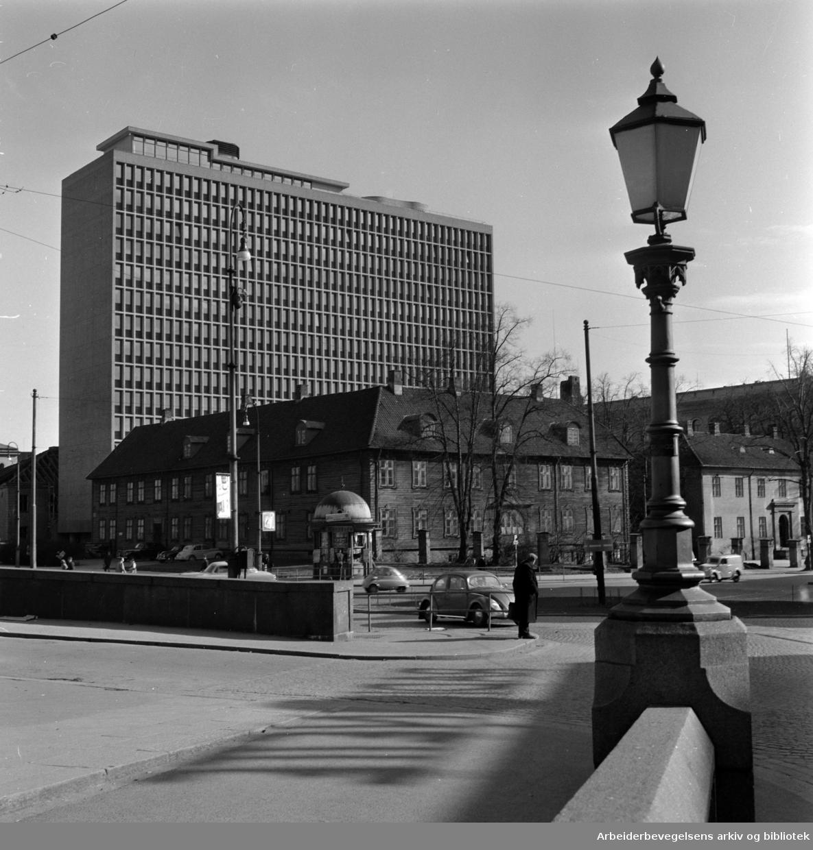 Arne Garborgs Plass. April 1959