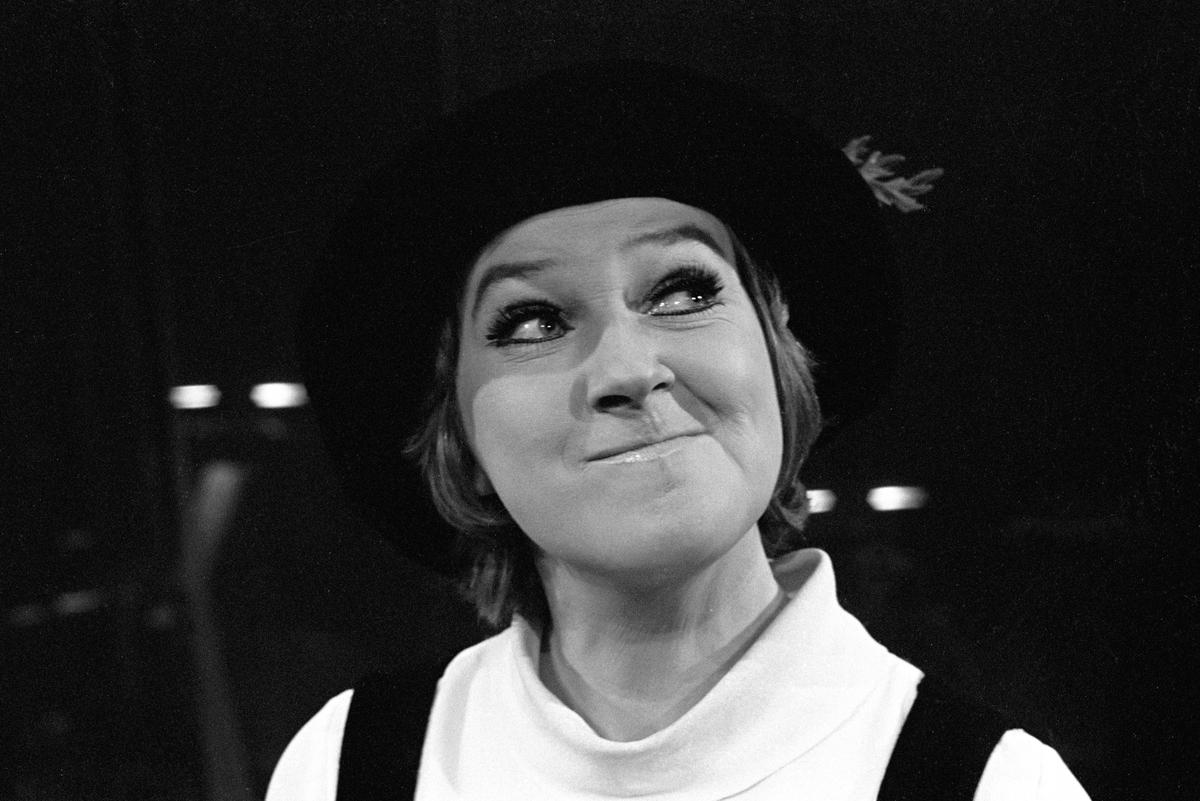 """Sølvi Wang under prøvene på revyforestillingen """"The  Song of Sølvi"""" på Det Norske Teatret."""