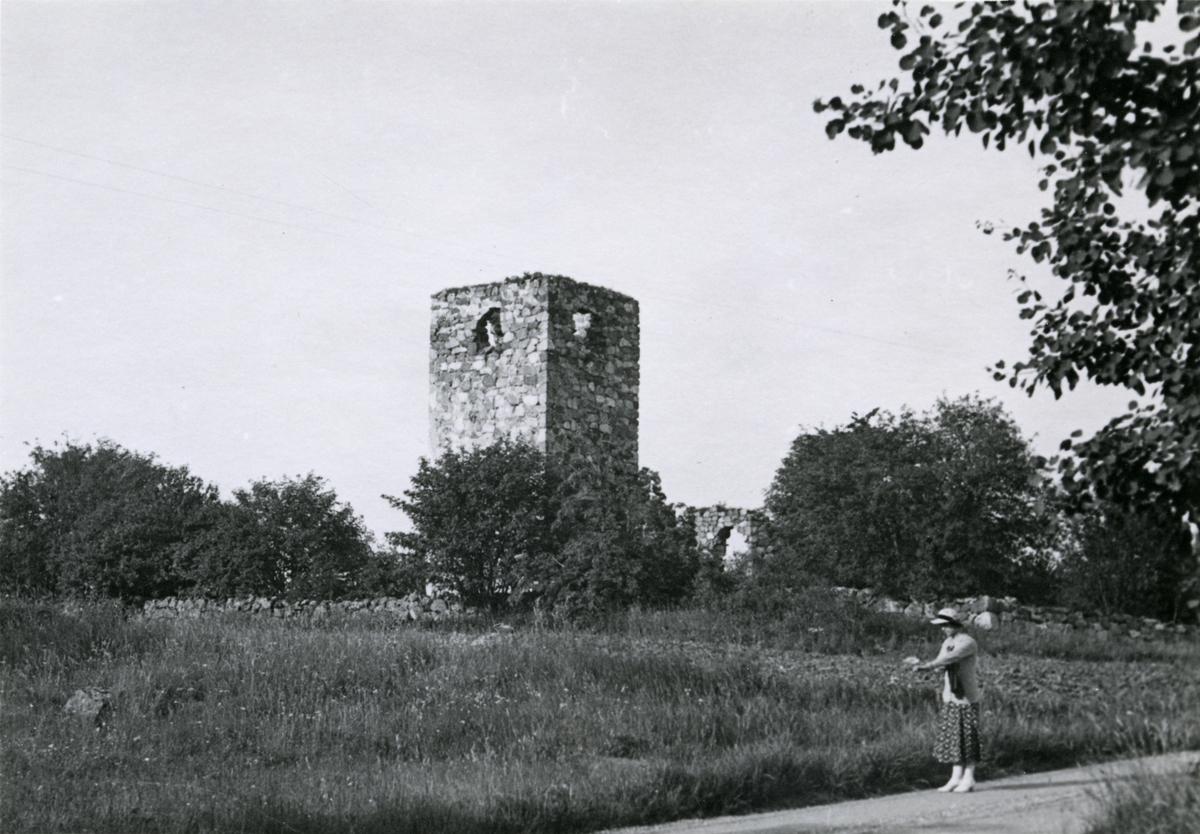Lilla kyrkoruinen i Rytterne, 1935.