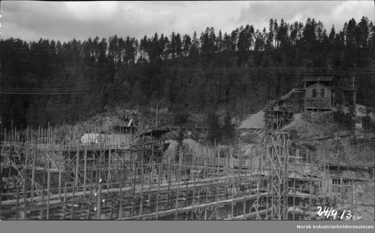 Anleggsarbeid på Årlifoss i Tinnelva