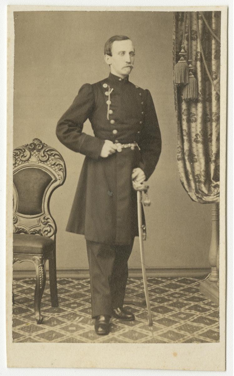 Porträtt av friherre Lars Gustaf Åkerhielm af Blombacka, underlöjtnant vid Västgöta regemente I 6.