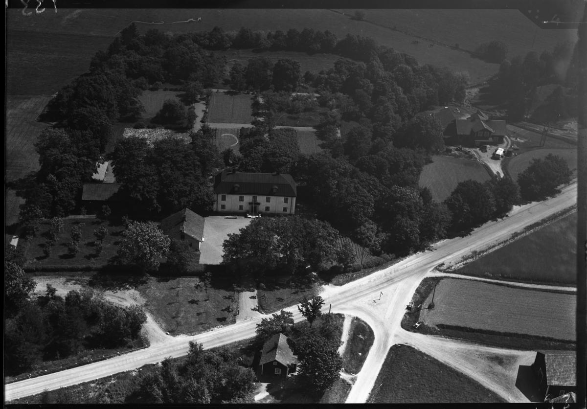 Flygfoto över Ansta gård, Ansta. Tagen av Ahrenbergsflyg.