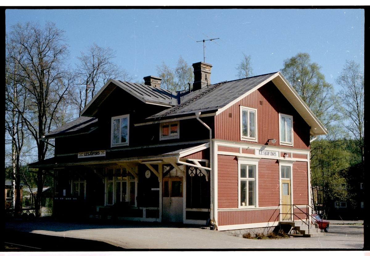 Lesjöfors station.