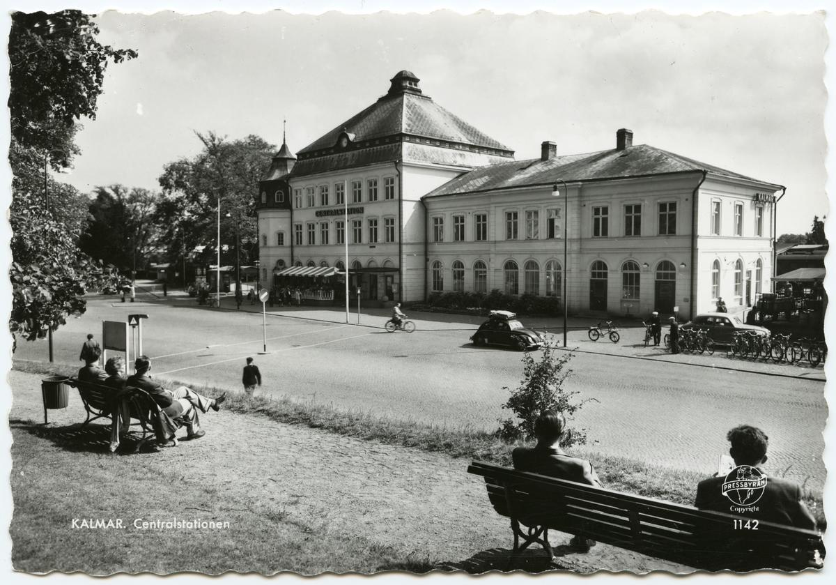 Kalmar centralstation från gatusidan.