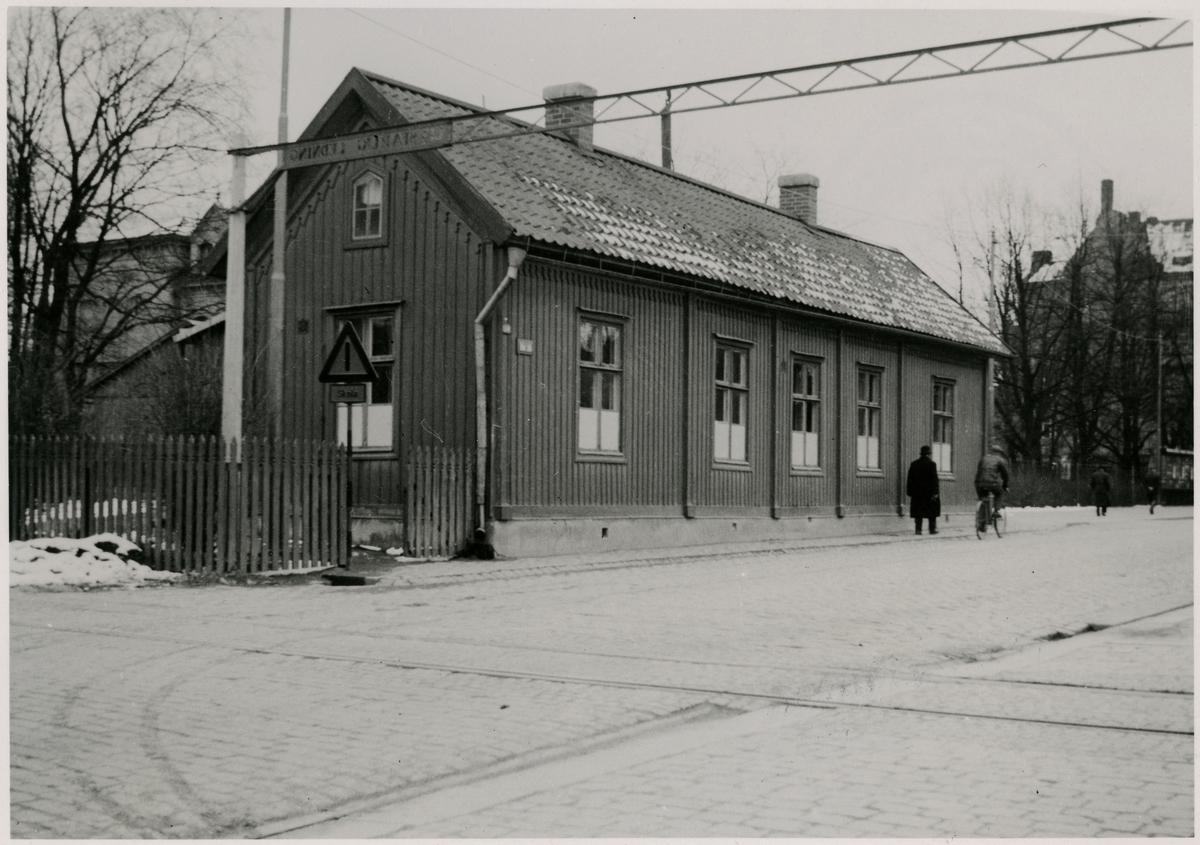 Köping - Hults gamla stationshus, dåvarande byggnad på  Storgatan 30 i Örebro.
