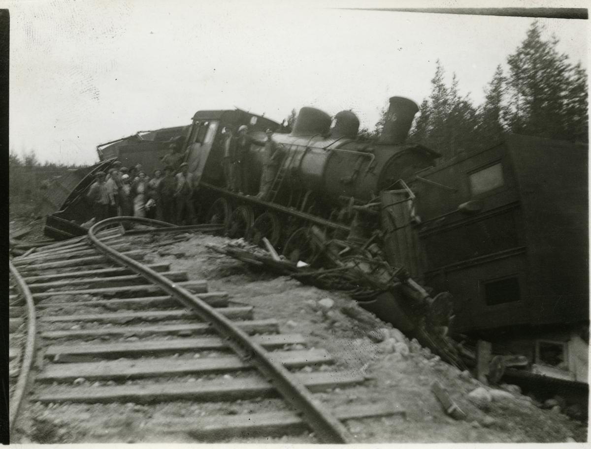 Tågolycka vid Moskosel 1935-06-27. Lok SJ E2 1096