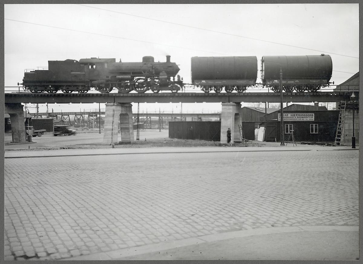 Provbelastning av Göteborg Central - Almedal (södra viadukten). Statens Järnvägar, SJ B 1324.